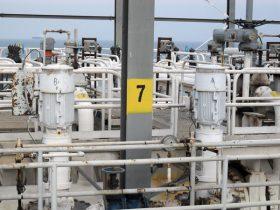 اسکله نفتی خارگ